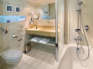 Atrium Fashion Hotel Budapest - Bathroom