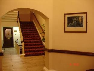 Barrys Hotel Dublin - Foyer
