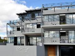 65 on Cliff Home | South Africa Budget Hotels