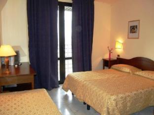 /hotel-albatros/hotel/calenzano-it.html?asq=jGXBHFvRg5Z51Emf%2fbXG4w%3d%3d