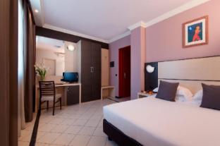 /es-es/cdh-my-one-hotel-la-spezia/hotel/la-spezia-it.html?asq=jGXBHFvRg5Z51Emf%2fbXG4w%3d%3d