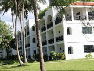 /diani-sea-resort-all-inclusive/hotel/mombasa-ke.html?asq=5VS4rPxIcpCoBEKGzfKvtBRhyPmehrph%2bgkt1T159fjNrXDlbKdjXCz25qsfVmYT