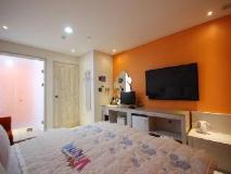 Viking Motel: guest room