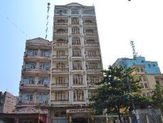 Ngoc Lan Hotel Halong | Cheap Hotels in Vietnam