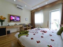 Blue Hanoi Inn Hotel | Vietnam Budget Hotels