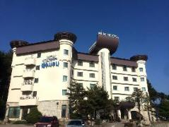 MGM Hotel
