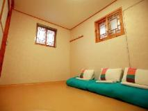 Hue N Hue Hanok Guesthouse: guest room
