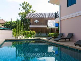 Calla Lily Boutique Residence