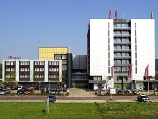 /hu-hu/mercure-hotel-groningen-martiniplaza/hotel/groningen-nl.html?asq=vrkGgIUsL%2bbahMd1T3QaFc8vtOD6pz9C2Mlrix6aGww%3d