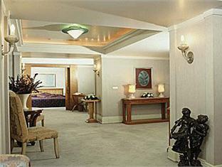 Zorlu Grand Hotel Trabzon - Suite Room
