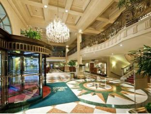 グランド ホテル ウィーン ウィーン - ロビー