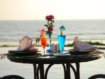 Amazing Ngapali Resort: food and beverages