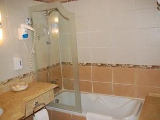 Premium Blue Lagoon Resort Hurghada - Bathroom