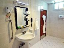 Dubai Nova Hotel: bathroom
