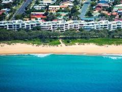 Surfside on the Beach Resort   Australia Hotels Sunshine Coast