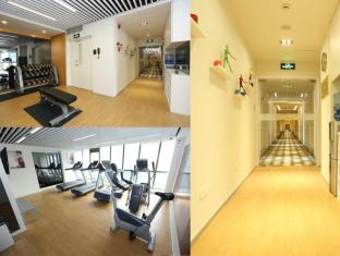 Green Court Serviced Apartment at People Square Shanghai - Fitness Room