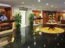 Golden Crown China Hotel: lobby