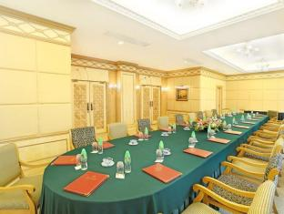 Golden Crown China Hotel Macau - Meeting Room