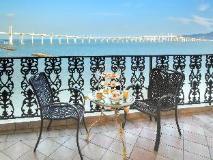 Rocks Hotel: balcony/terrace