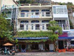 Sunset Hotel | Cat Ba Island Budget Hotels