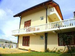Barrows Bungalow Nuwara Eliya | Sri Lanka Budget Hotels
