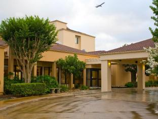 Courtyard by Marriott San Antonio Airport