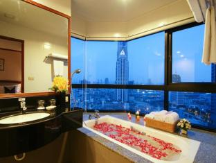 Grand Diamond Suites Hotel Bangkok - Badezimmer