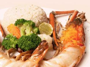 Grand Diamond Suites Hotel Bangkok - Halal Food