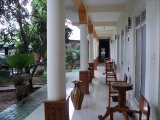 /fi-fi/prasanna-guest-house/hotel/trincomalee-lk.html?asq=vrkGgIUsL%2bbahMd1T3QaFc8vtOD6pz9C2Mlrix6aGww%3d