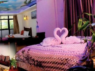 /lv-lv/hotel-jungle-crown/hotel/chitwan-np.html?asq=jGXBHFvRg5Z51Emf%2fbXG4w%3d%3d