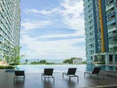 Lumpini Park Beach Jomtien by The First Resort | Pattaya Hotel Discounts Thailand