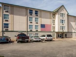 /rodeway-inn-and-suites-near-outlet-mall-asheville/hotel/asheville-nc-us.html?asq=jGXBHFvRg5Z51Emf%2fbXG4w%3d%3d