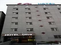 Olive Hotel: exterior