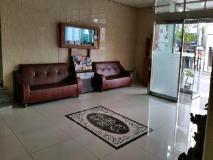 Olive Hotel: lobby