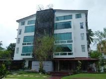 Hotel M: exterior
