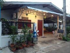 Space Ben Guesthouse @ Muangkao | Thailand Cheap Hotels