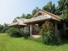 Orange Grove Resort Pai | Thailand Cheap Hotels
