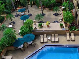 Sawgrass Grand Hotel