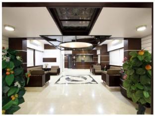 Raajpath Hotel