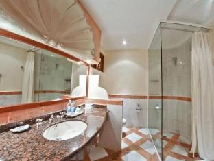 /fi-fi/eurostars-hacienda-vista-real/hotel/playa-del-carmen-mx.html?asq=vrkGgIUsL%2bbahMd1T3QaFc8vtOD6pz9C2Mlrix6aGww%3d