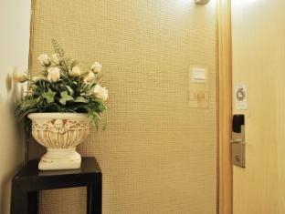 Bridal Tea House To Kwa Wan Cruise Terminal Hotel Hong Kong - Corridor