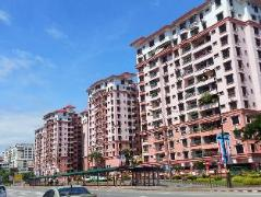 KK Waterfront Suites at Marina Court | Malaysia Hotel Discount Rates