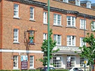 /sl-si/the-broadway-hotel-and-carvery/hotel/hitchin-gb.html?asq=jGXBHFvRg5Z51Emf%2fbXG4w%3d%3d