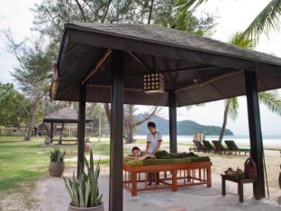 Nexus Resort & Spa Karambunai Kota Kinabalu - Massage by the beach