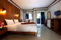 Deluxe Suite (chỉ gồm phòng nghỉ)