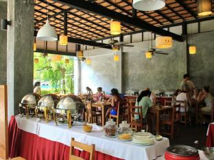 Kata Lucky Villa & Pool Access Phuket - Restaurante