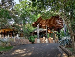 The Deer Park Hotel Sigiriya - Entrance