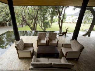 The Deer Park Hotel Sigiriya - Lobby
