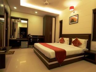 /hotel-premiere-villa/hotel/varanasi-in.html?asq=jGXBHFvRg5Z51Emf%2fbXG4w%3d%3d
