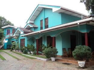 Ruwanthy Holiday Resort